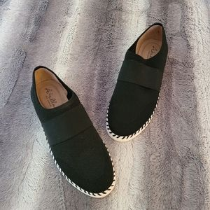 Abella Saavy slip ons Size 9.5 NWOT